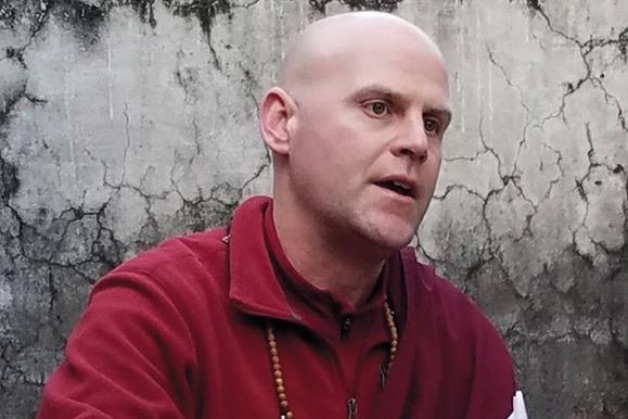 Lama Eric Triebelhorn